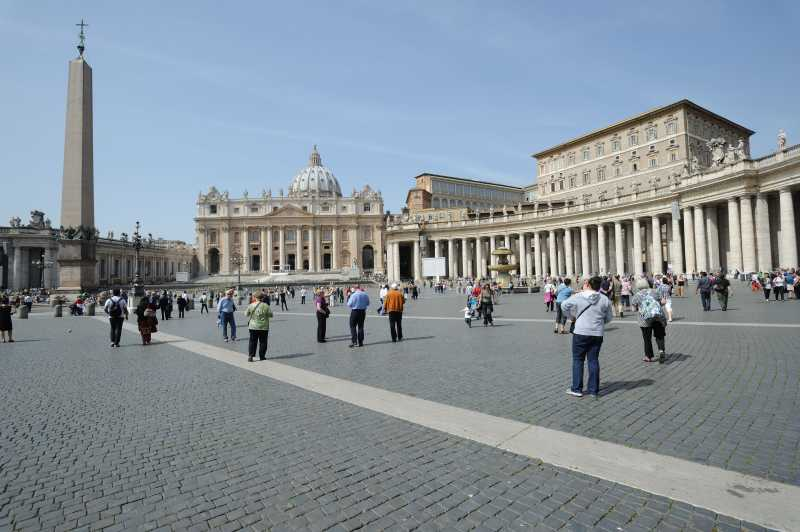 San Pietro in Vaticano (Petersdom), 04.2011
